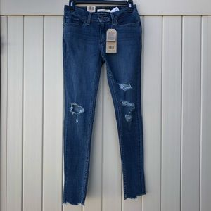 Levi's Distressed Skinny Jeans